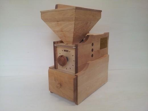 Widu® Universalmühle Modell 3 Birke / mit Kurbel und Ritzel