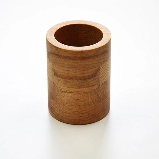 Zahnputz-Becher aus Holz