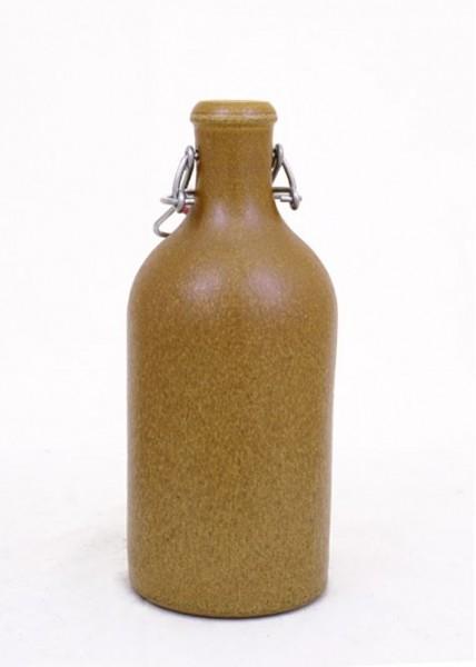 BATTLE MERCHANT Tonflasche mit Bügelverschluss 0,5 Liter